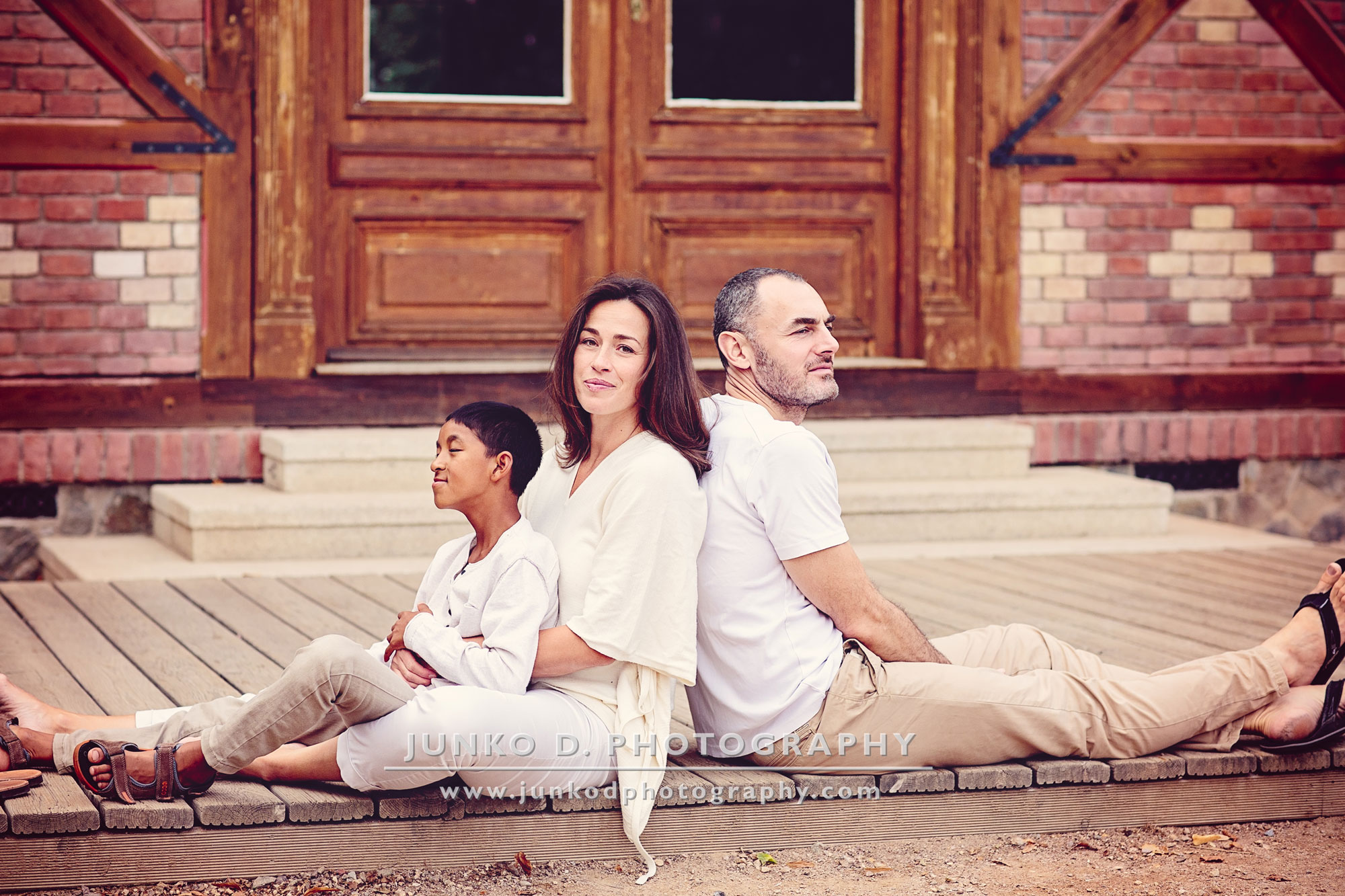 white summer family session
