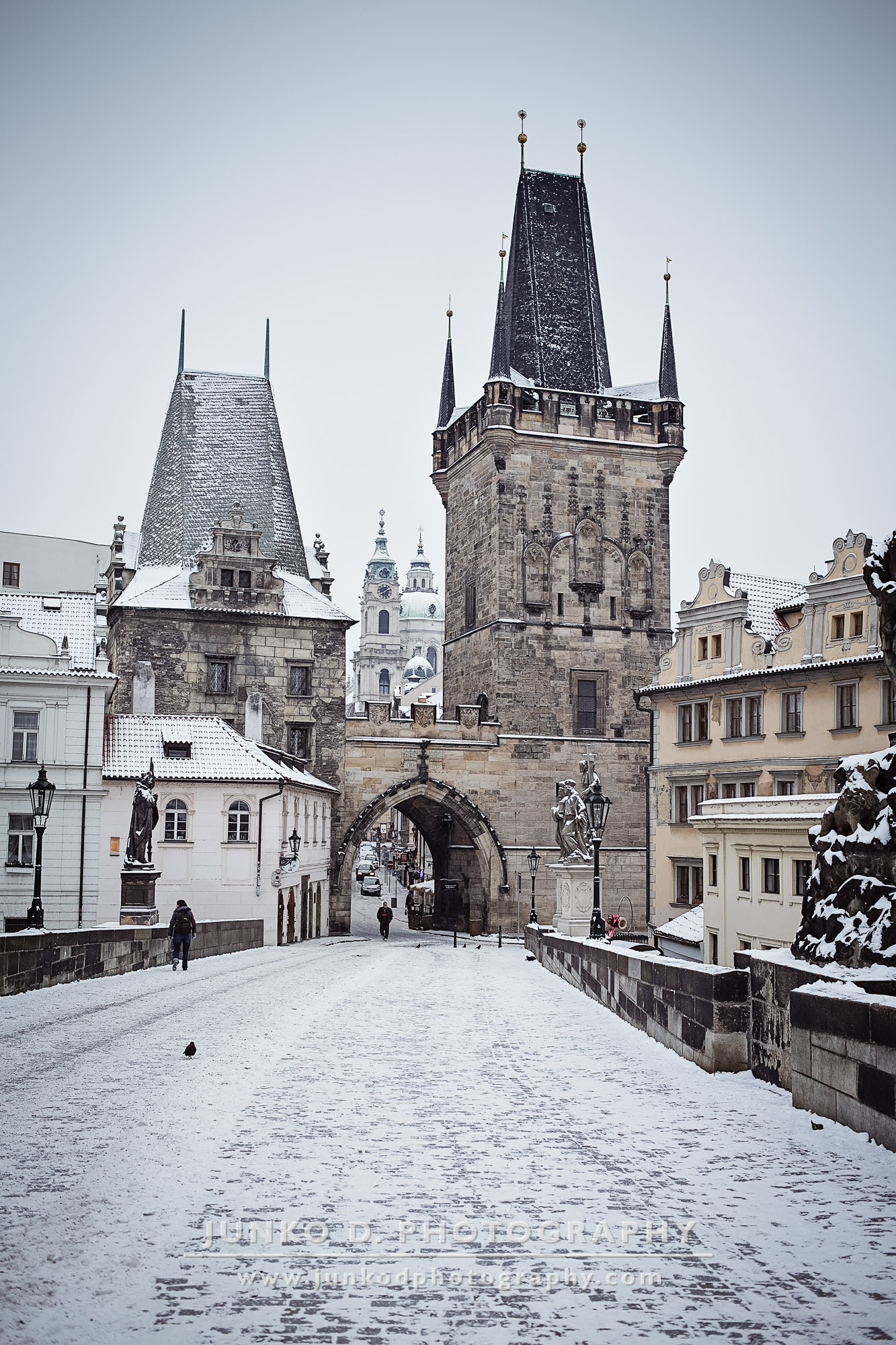 2015_PRAGUE_Charles_Bridge_snow_31_for_web